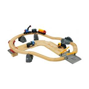 Железная дорога с автодорогой и переездом